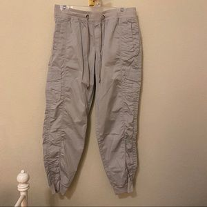 Eddie Bauer Tan/Grey Cargo Pants